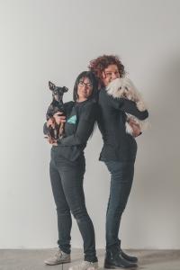 Le Tue Wedding Dog Sisters