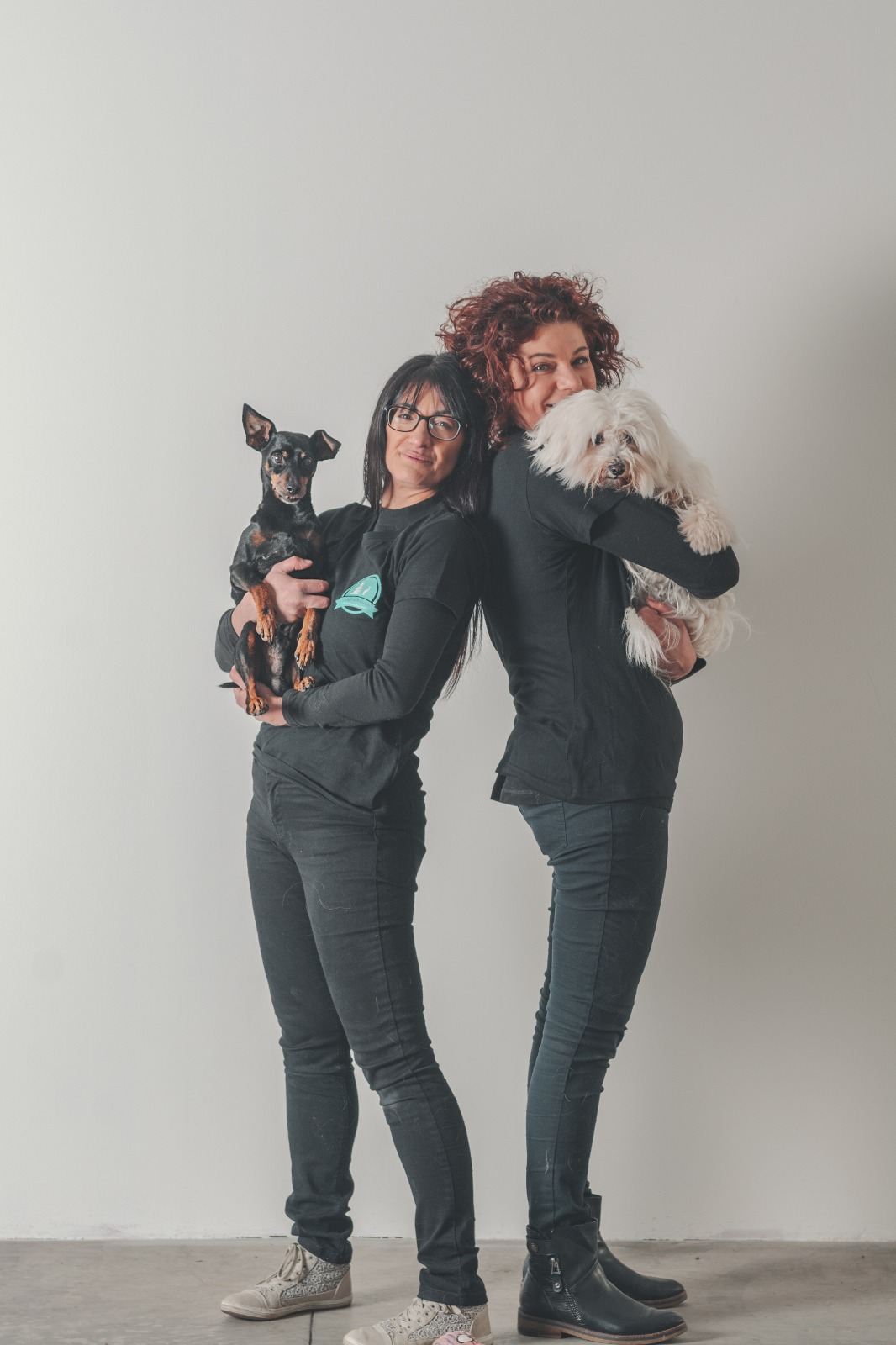 Canaglie da Matrimonio-Le Tue Wedding Dog Sisters!